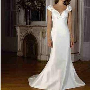 Wedding Dress new w/o tags